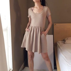 Forever 21 Casual Dress in Tan.-W1.